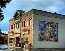 Building Mural displays St. Albert's focus on arts and culture
